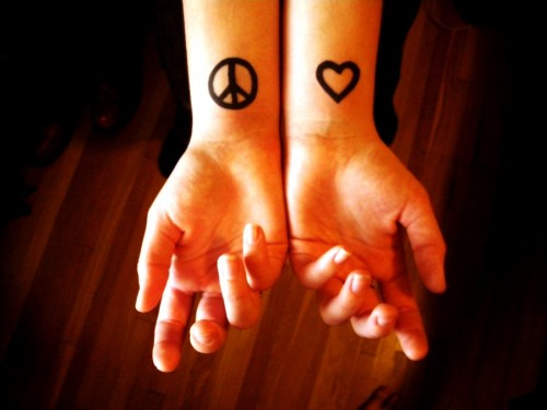 19_Peace and Love