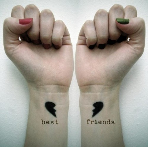 1_Best Friends Are Never Far Apart